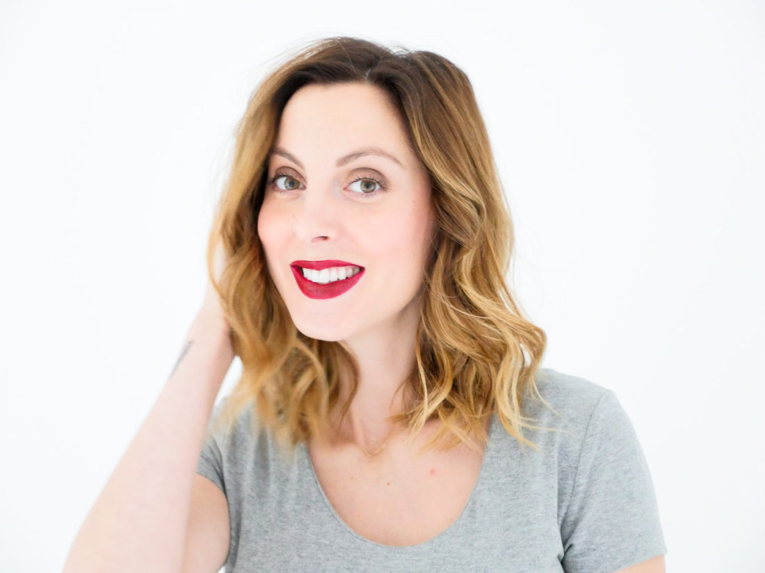 Eva Amurri Martino of lifestyle blog Happily Eva After wearing dark red lipstick and natural makeup