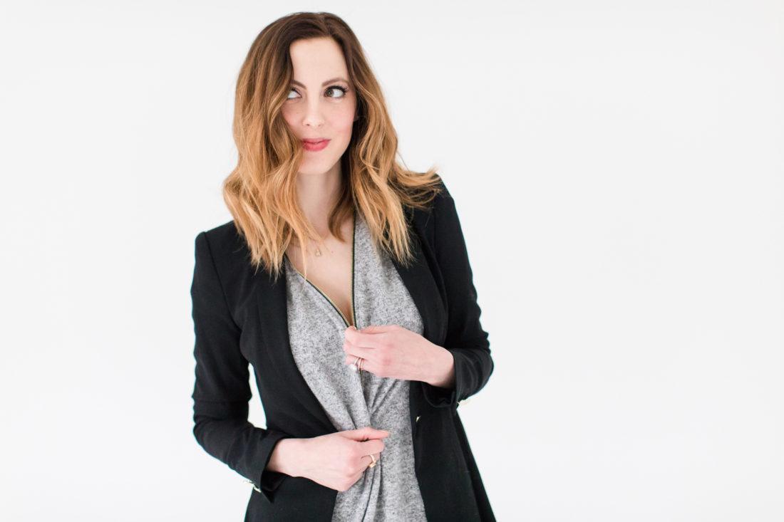 Eva Amurri Martino shows off the zipper on her grey nursing-friendly top