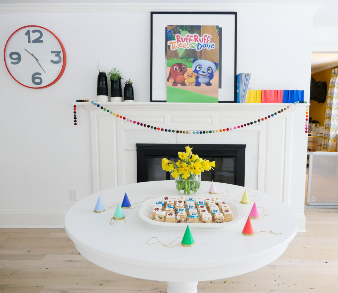 Eva Amurri Martino's set up for her Ruff-Ruff, Tweet and Dave viewing party