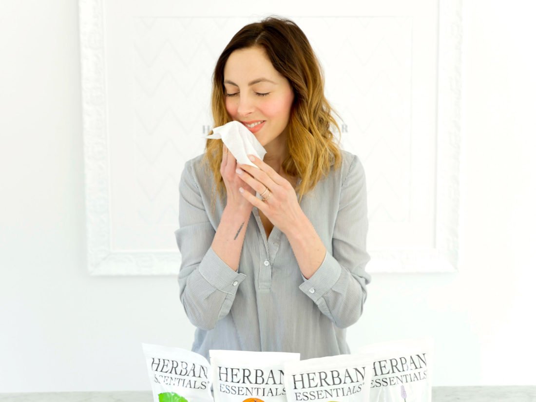 Eva Amurri Martino smells an Herban Essentials towelette