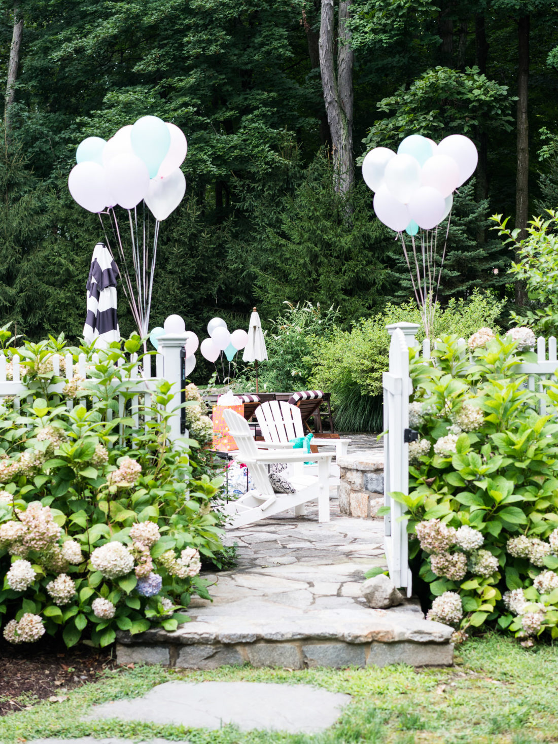Eva Amurri Martino decorates the backyard of her Connecticut home for daughter Marlowe's 3rd birthday party with a Sharks vs. Mermaids theme