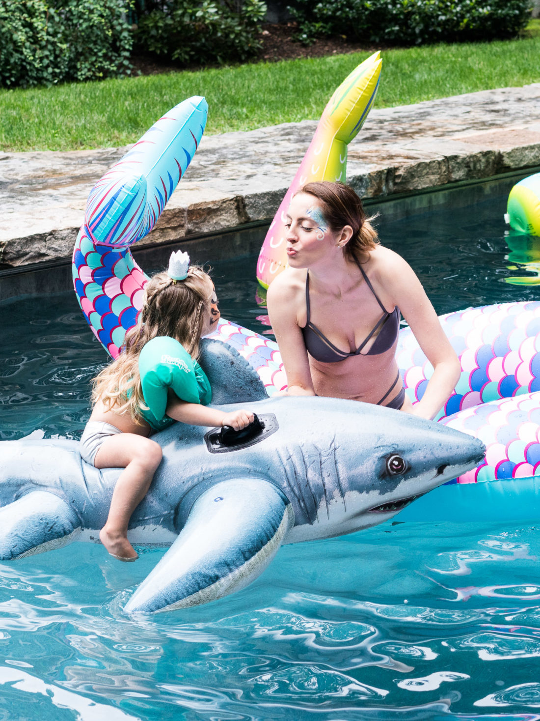Eva Amurri Martino plays with daughter Marlowe Martino in the pool at Marlowe's third birthday party