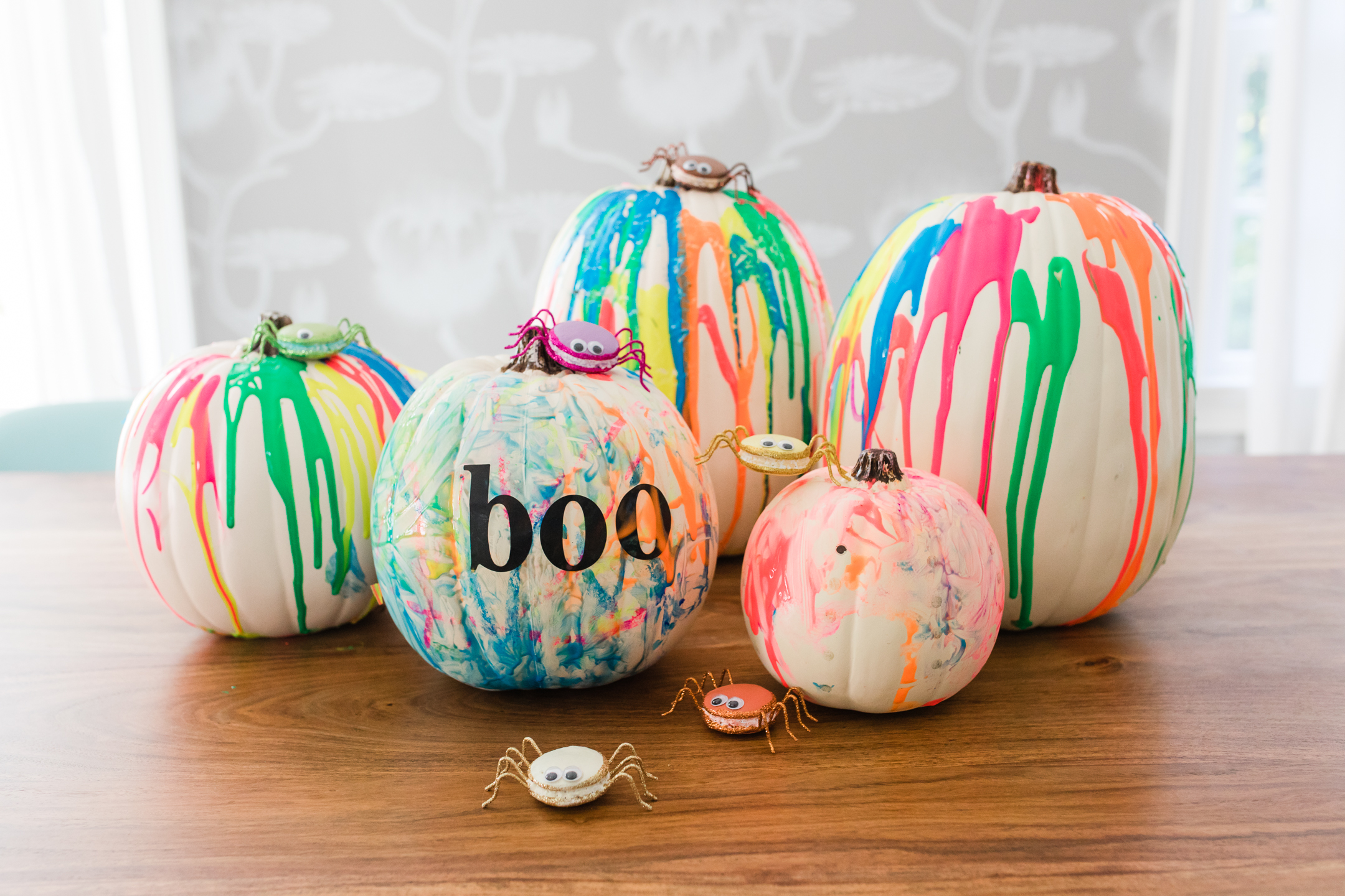 Eva Amurri Martino makes DIY technicolor pumpkins for Halloween with her two toddler children