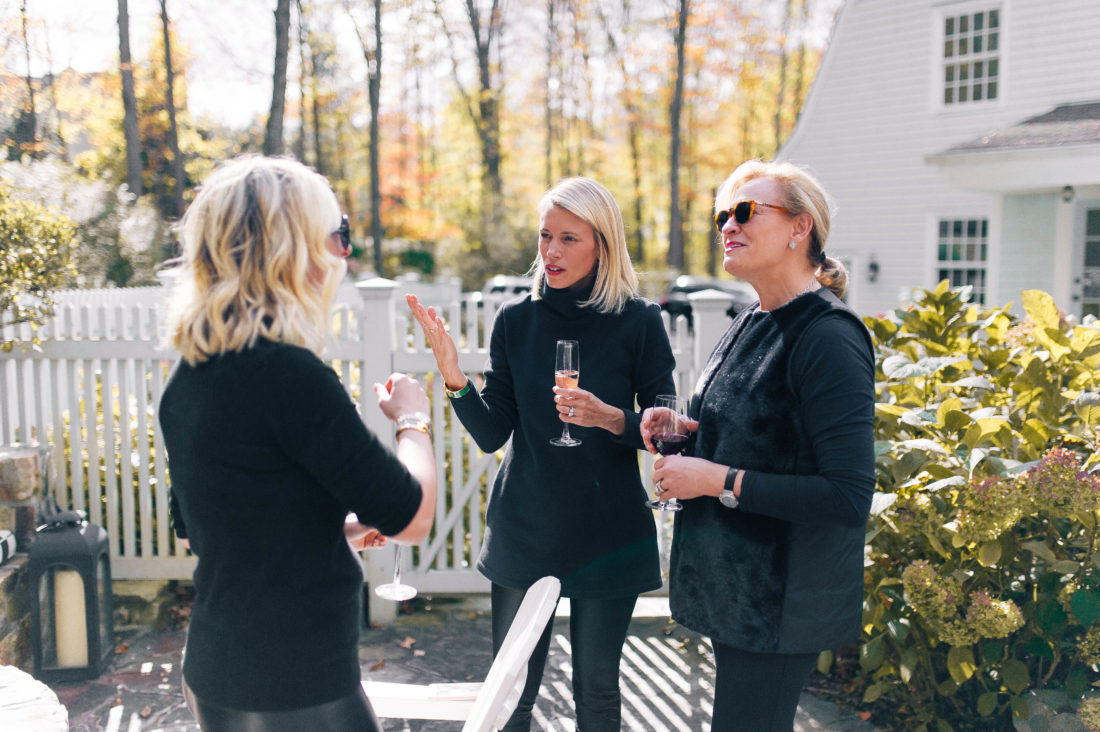 Ladies chat at the Friendsgiving for No Kid Hungry hosted by Eva Amurri Martino
