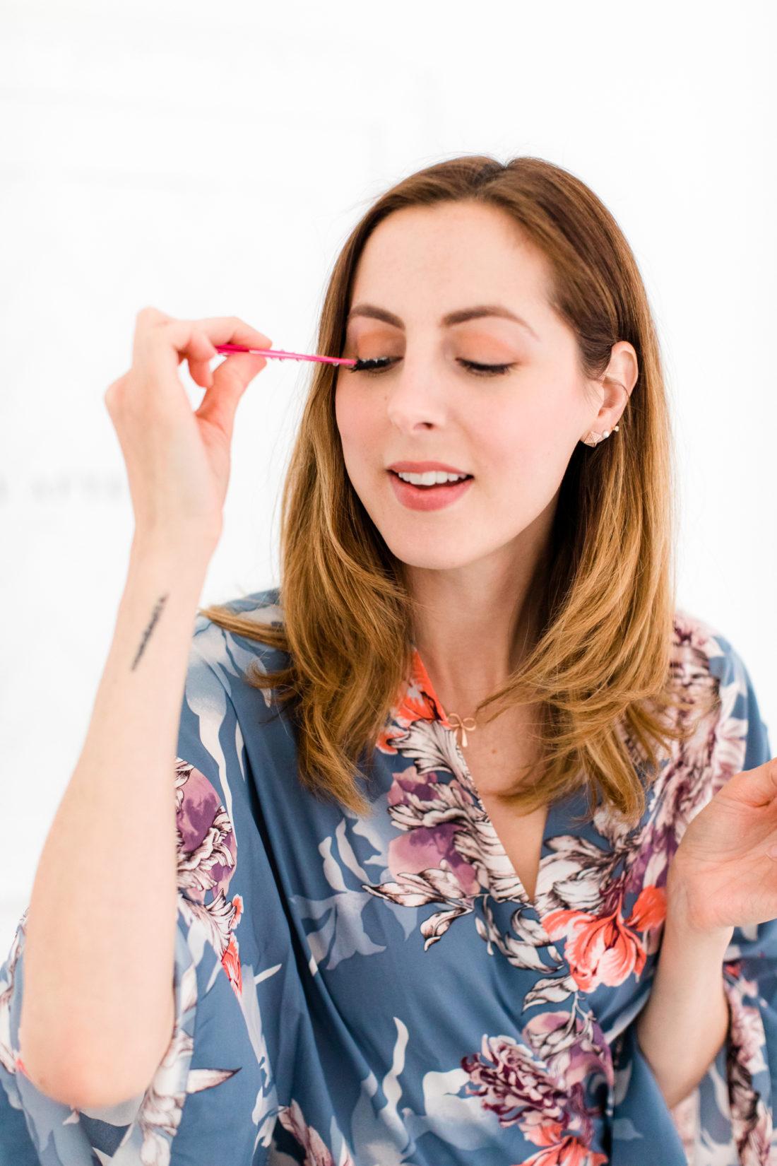Eva Amurri Martino applies falsh eyelashes as part of her photo shoot makeup tutorial