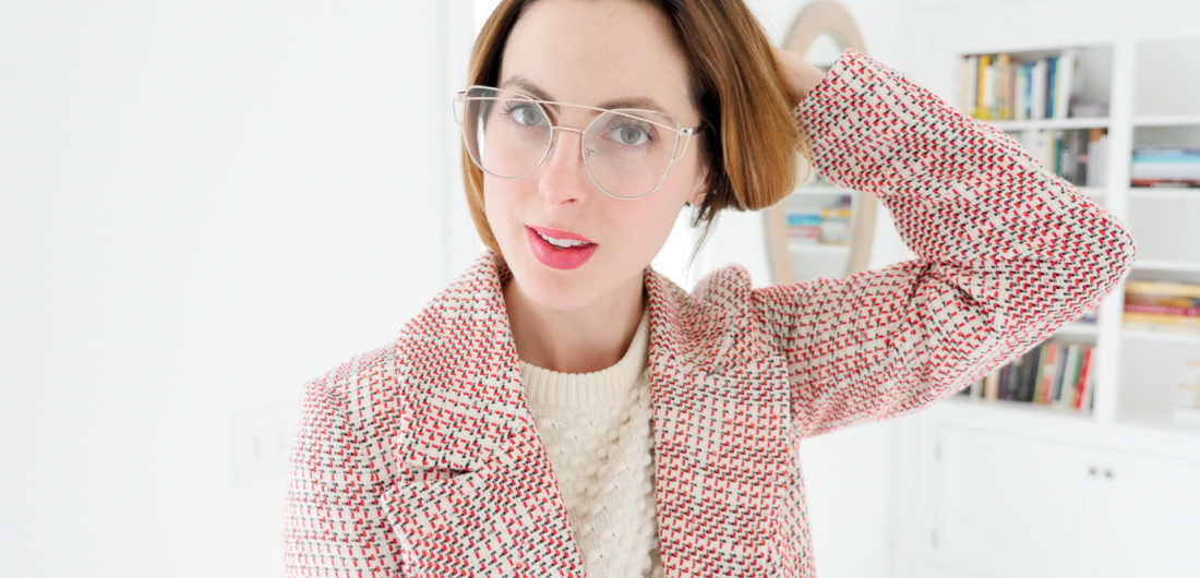 "Eva Amurri martino wears a pair of gold-framed, clear ""geek chic"" glasses"