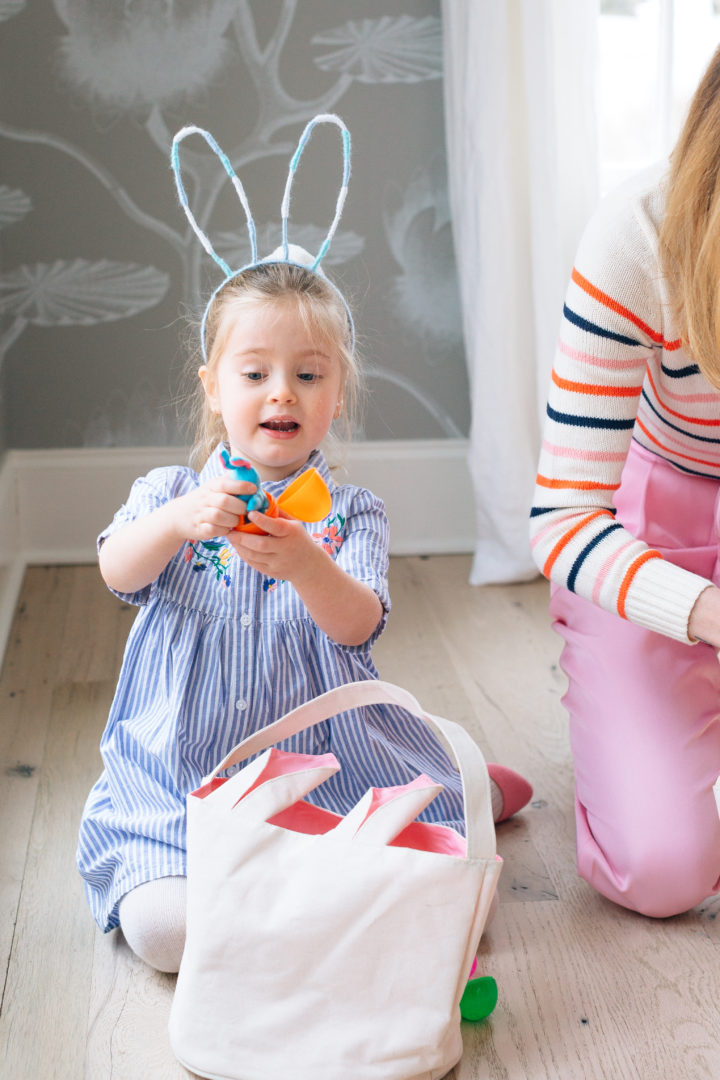 Eva Amurri Martino and daughter Marlowe opening eggs at their annual Easter Egg Hunt at their home in Connecticut