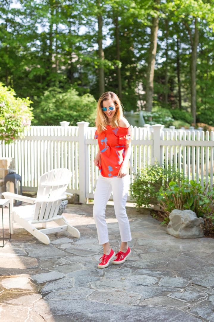 Eva Amurri Martino shows off her favorite white denim for summer in her backyard