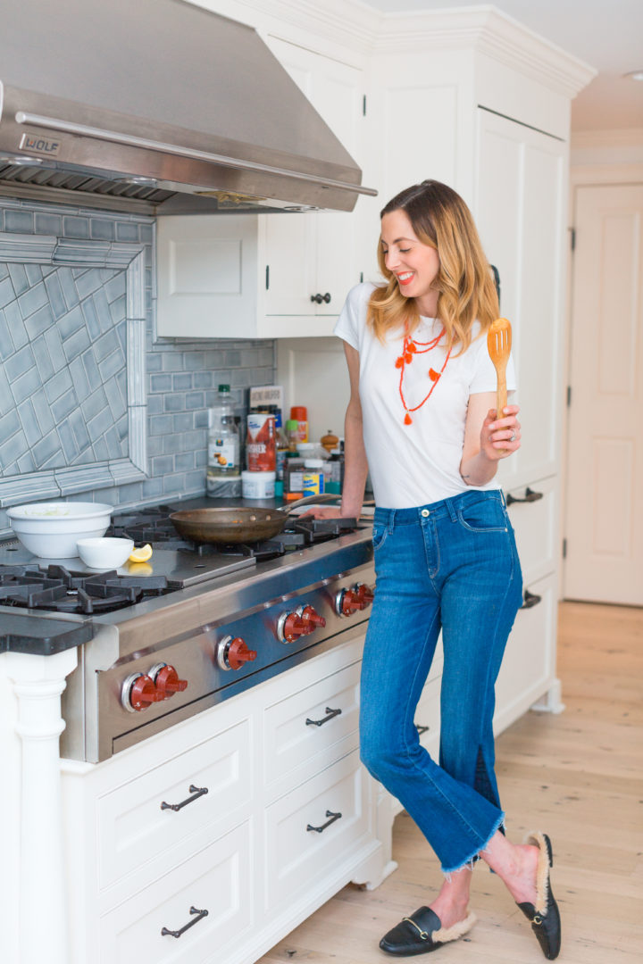 Eva Amurri Martino makes Blue Apron Chorizo Tacos.