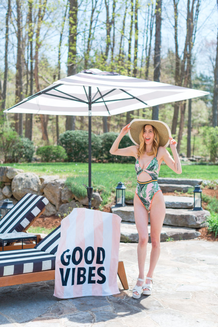 Eva Amurri Martino shows off her favorite bathing suit by her pool in Connecticut