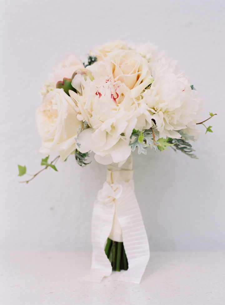 Eva Amurri's blush colored bouquet at her wedding to Kyle Martino