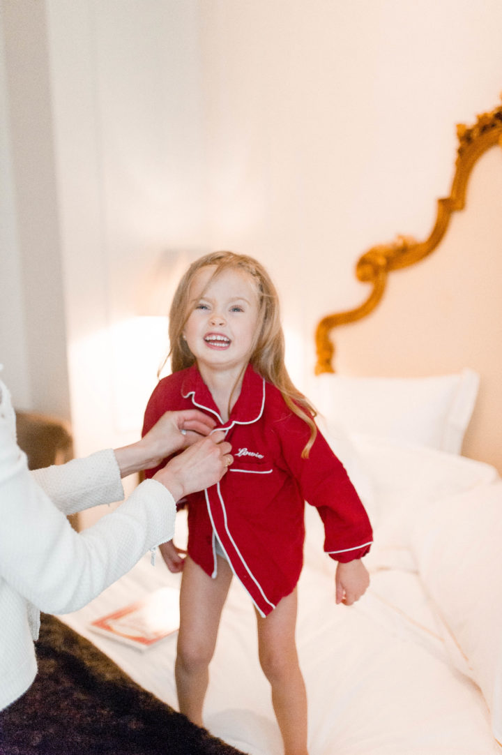Eva Amurri Martino's daughter Marlowe jumps on the bed at the Plaza Hotel in New York City