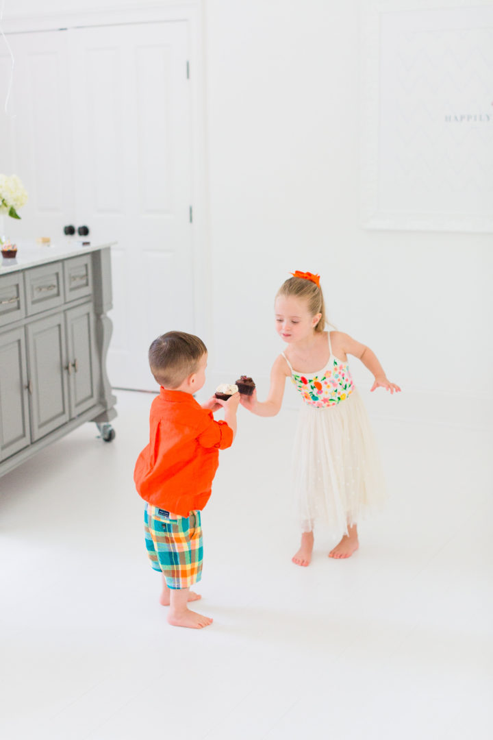 Eva Amurri Martino's kids Marlow and Major cheers with cupcakes to celebrate the 3rd birthday of her blog Happily Eva After