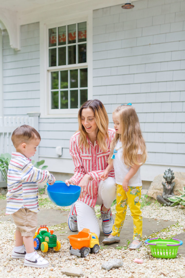 Eva Amurri Martino and her kids Marlowe and Major collect rocks from their backyard to make DIY Rock Frames