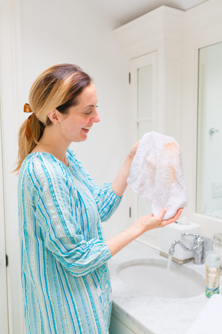 Eva Amurri Martino displays the leftover makeup she didn't know she was wearing after cleansing with Olay