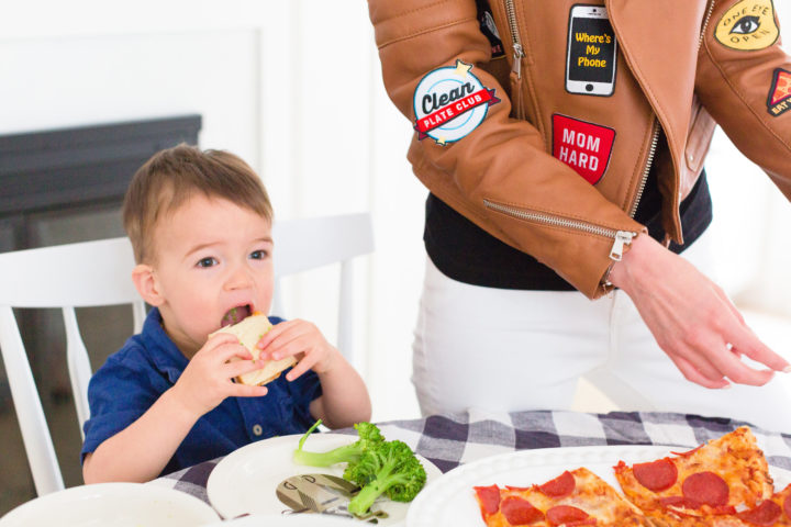 Eva Amurri Martino's son Major enjoys dinner