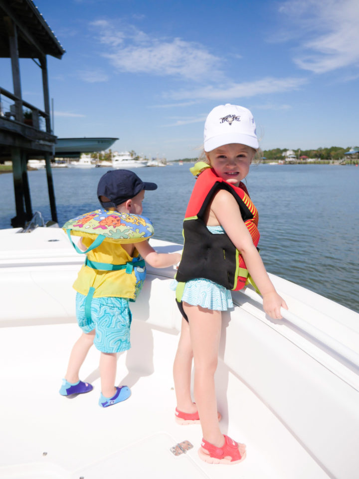 Eva Amurri Martino's daughter Marlowe and son Major look out on their grandparents boat in Charleston