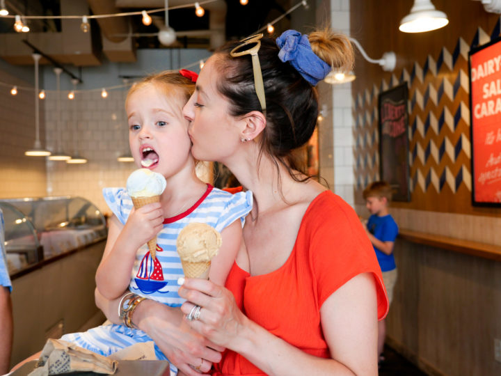 Eva Amurri Martino kisses her daughter Marlowe on the cheek as they both enjoy an ice cream cone in Charleston
