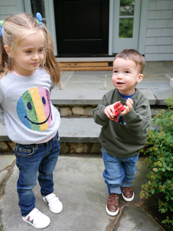 Eva Amurri Martino's kids Marlowe and Major hang out in front of their Connecticut home
