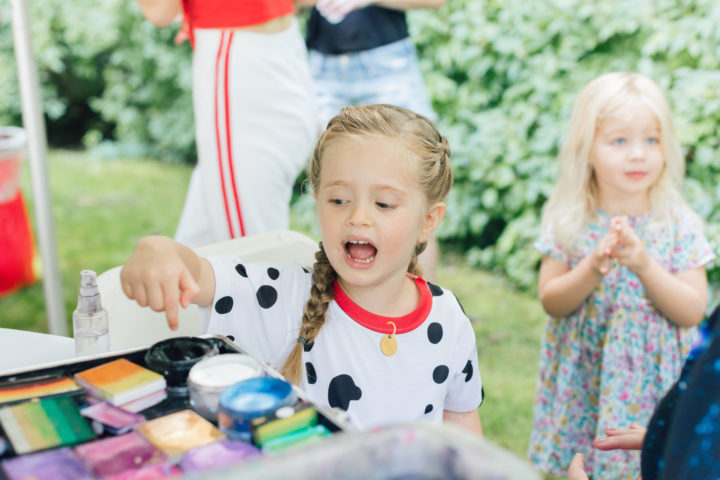 Eva Amurri Martino's daughter Marlowe points to face paint at her 4th birthday