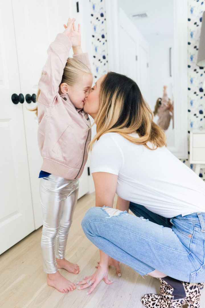Eva Amurri Martino gives her daughter Marlowe a smooch while she test drives the new Amazone Prime Wardrobe