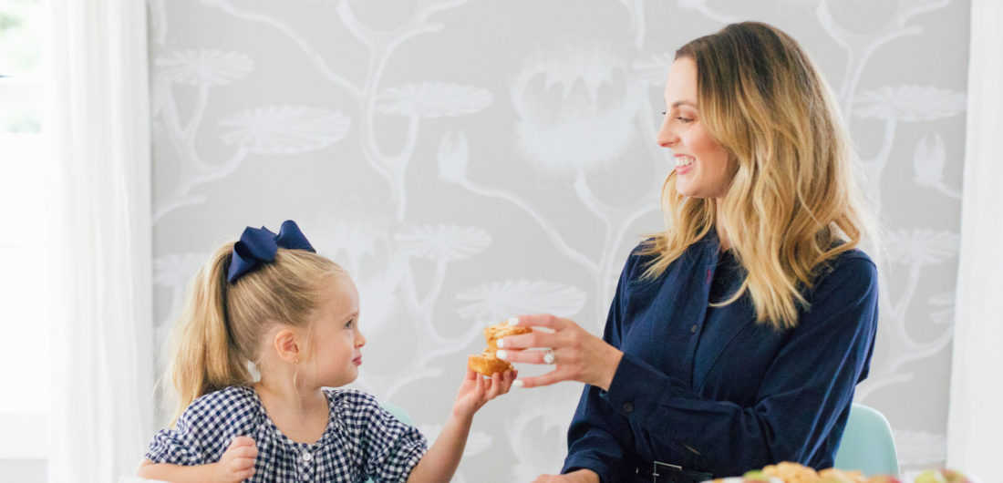 Eva Amurri Martino shows how to make her kid friendly mini pies