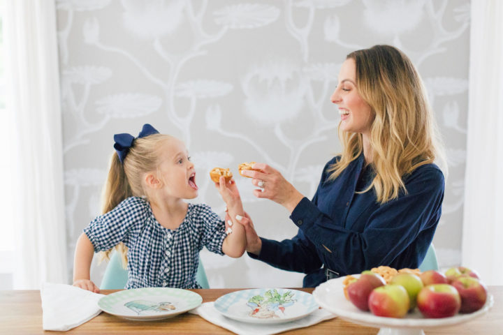 Eva Amurri Martino shows how to make her kid friendly mini pies