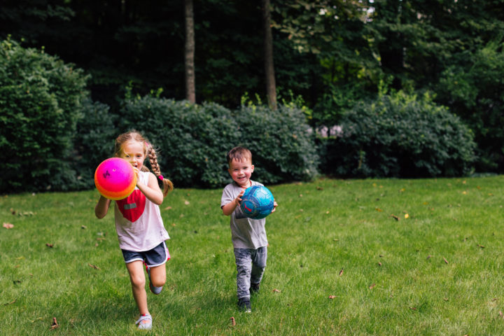Eva Amurri Martino's daughter Marlowe and son Major play with a ball in their backyard while her mom ponders commitment