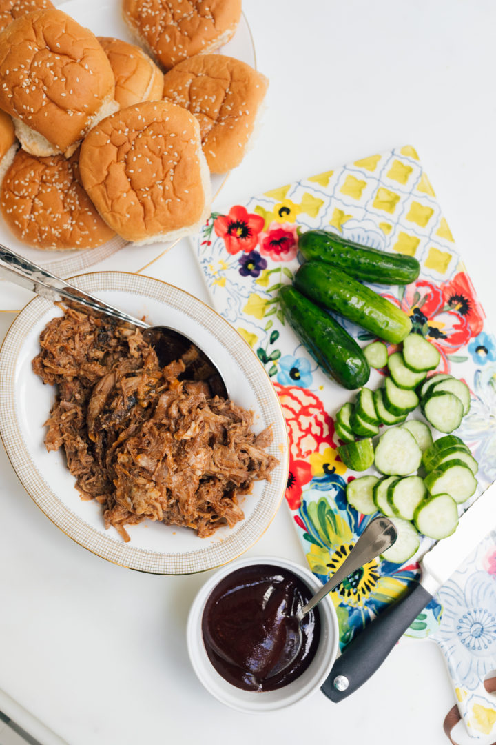 Eva Amurri Martino shares her recipe for slow cooker bbq pulled pork sandwiches.