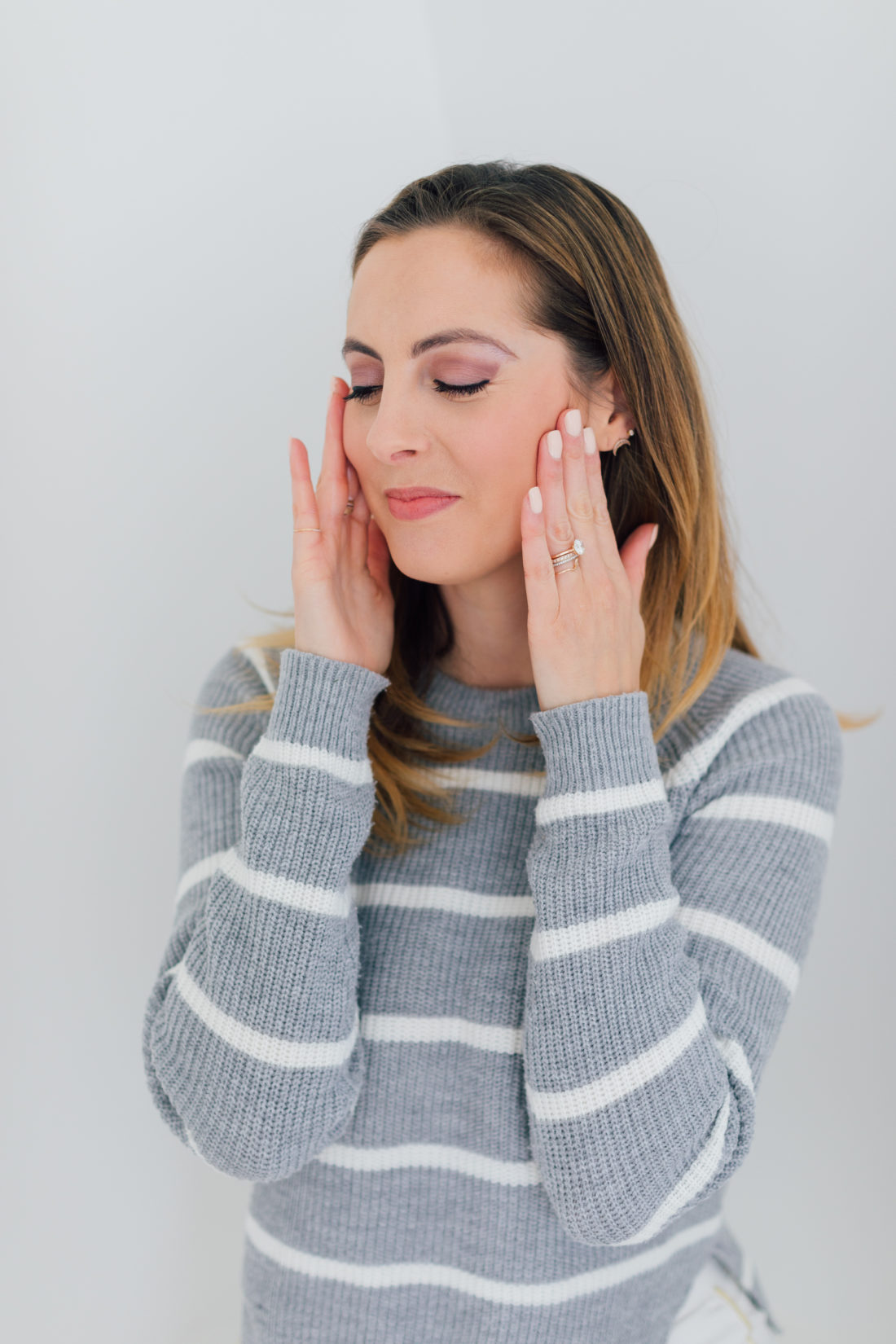 EVa Amurri Martino blends in a moisturizer with spf as part of her monthly obsessions roundup