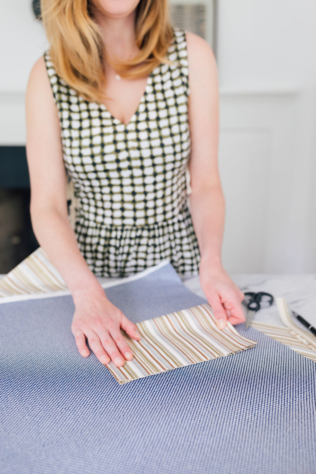 Eva Amurri Martino lays out patterned paper to make her husband a shirt and tie DIY Father's Day card