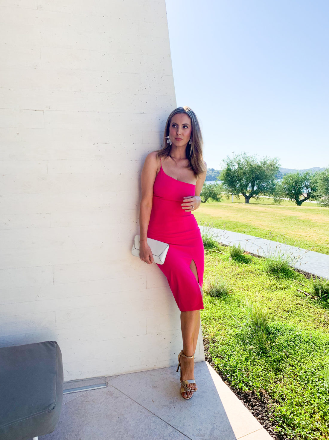 Eva Amurri Martino wears a hot pink dress in Croatia