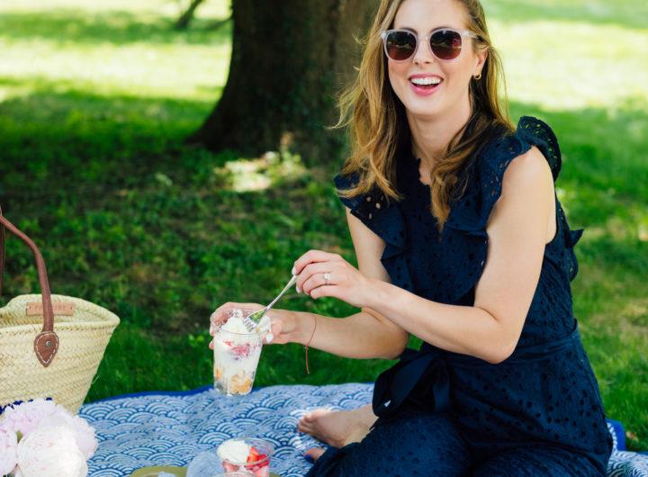 Eva Amurri Martino enjoys a picnic in her backyard