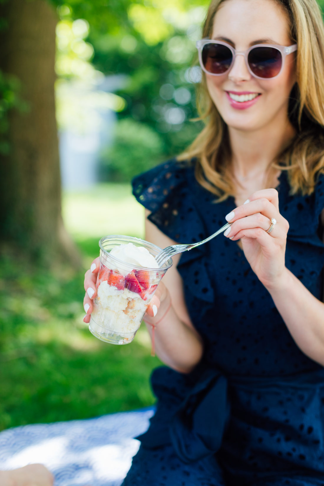 Eva Amurri Martino eats a strawberry dessert