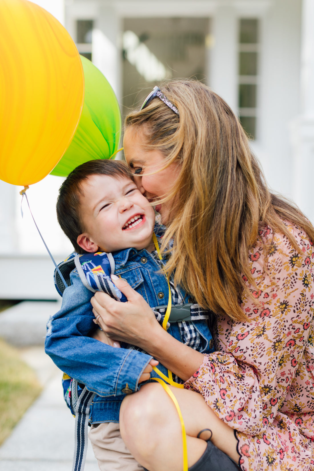 Eva Amurri Martino kisses son Major in his back to school apparel