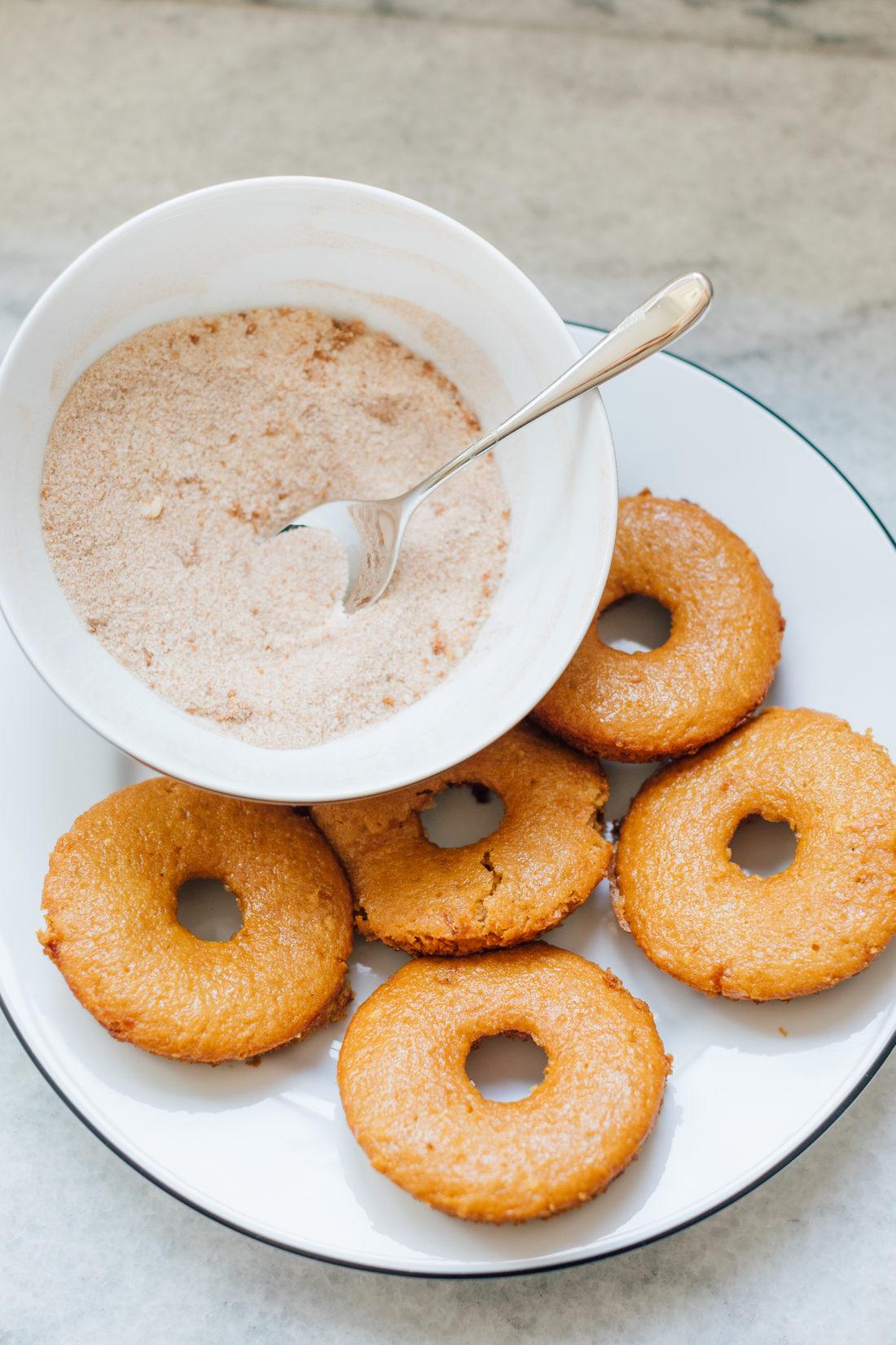 Eva Amurri Martino shares her recipe for delish baked apple cider donuts