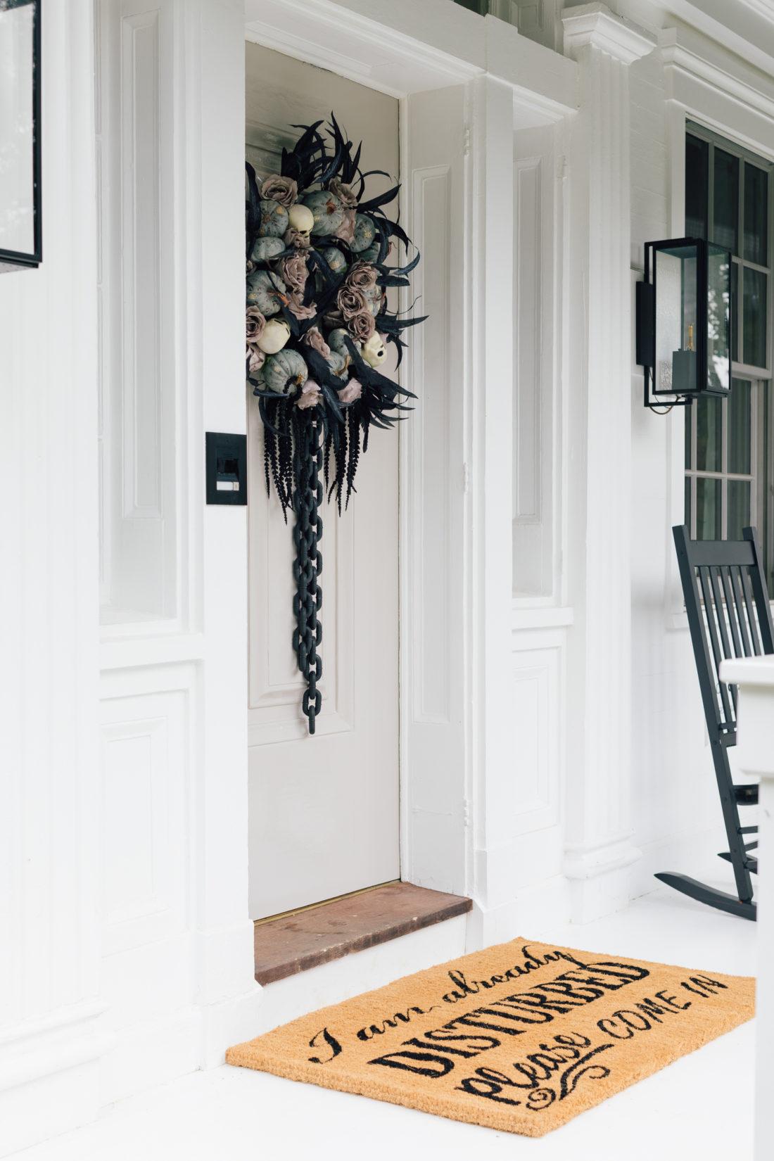 Eva Amurri Martino decorates her house for Halloween