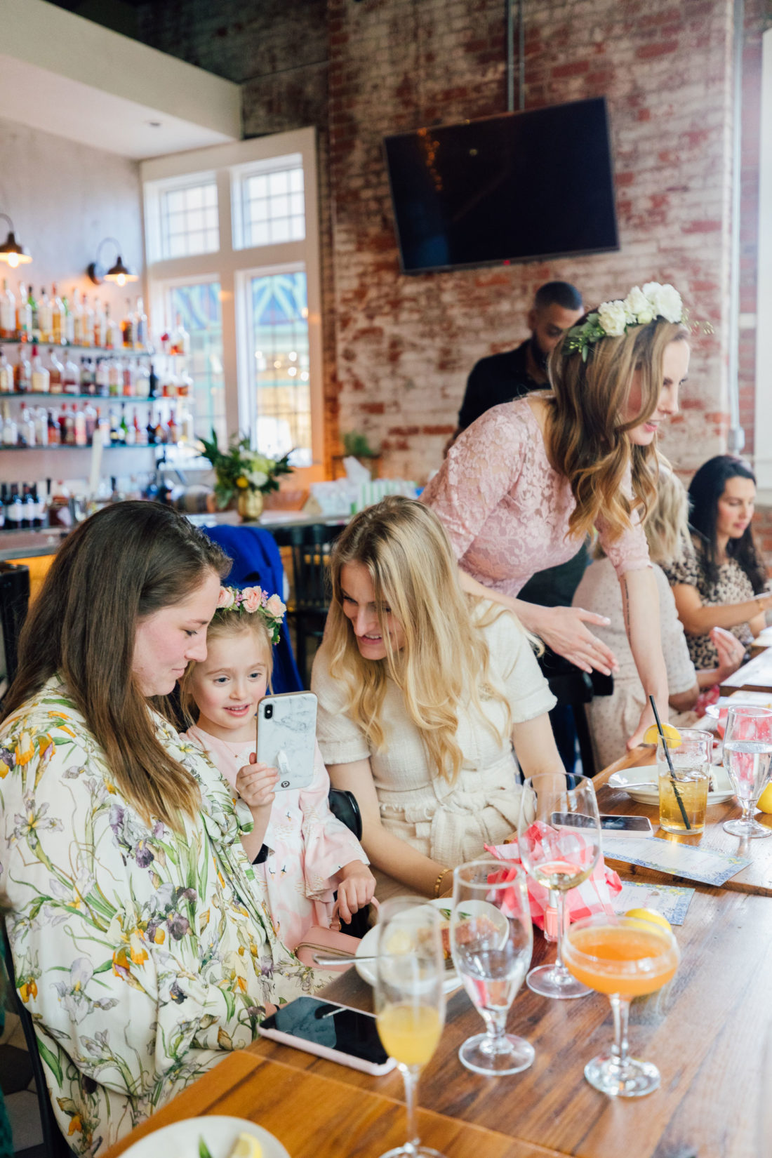 Blogger Eva Amurri and friends at her Baby Sprinkle