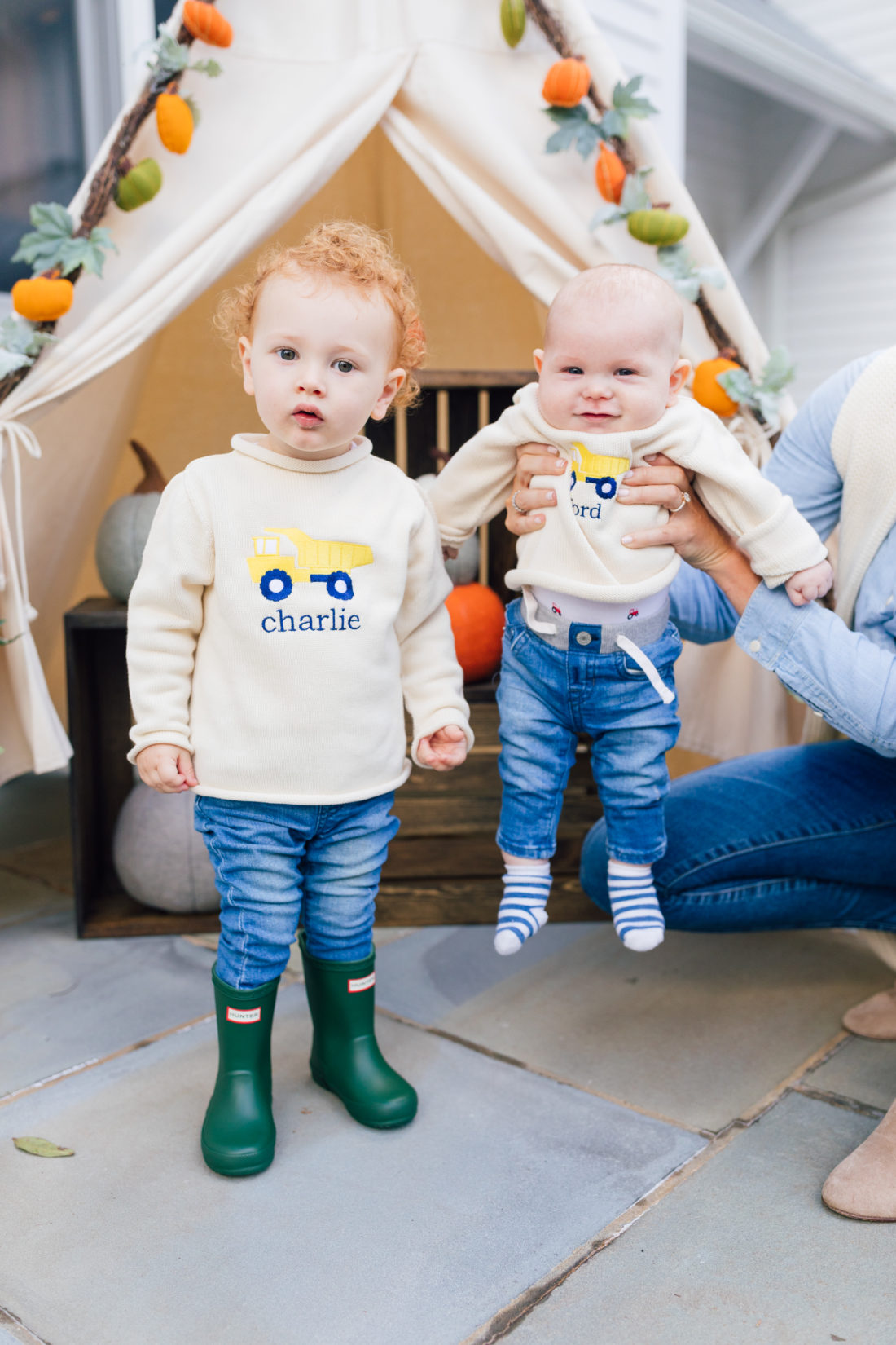 "Blogger Liz Ariola ""Mrs. Nipple"" on what it was like to have Irish Twins"
