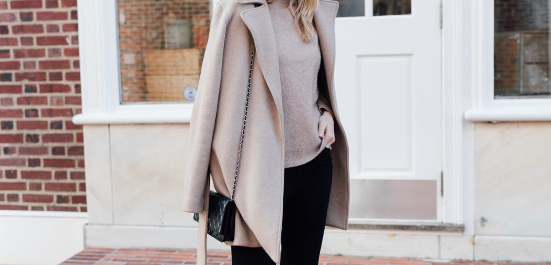 Guest Blogger Stephanie Trotta of the Girl Guide shares her tips for chic postpartum style