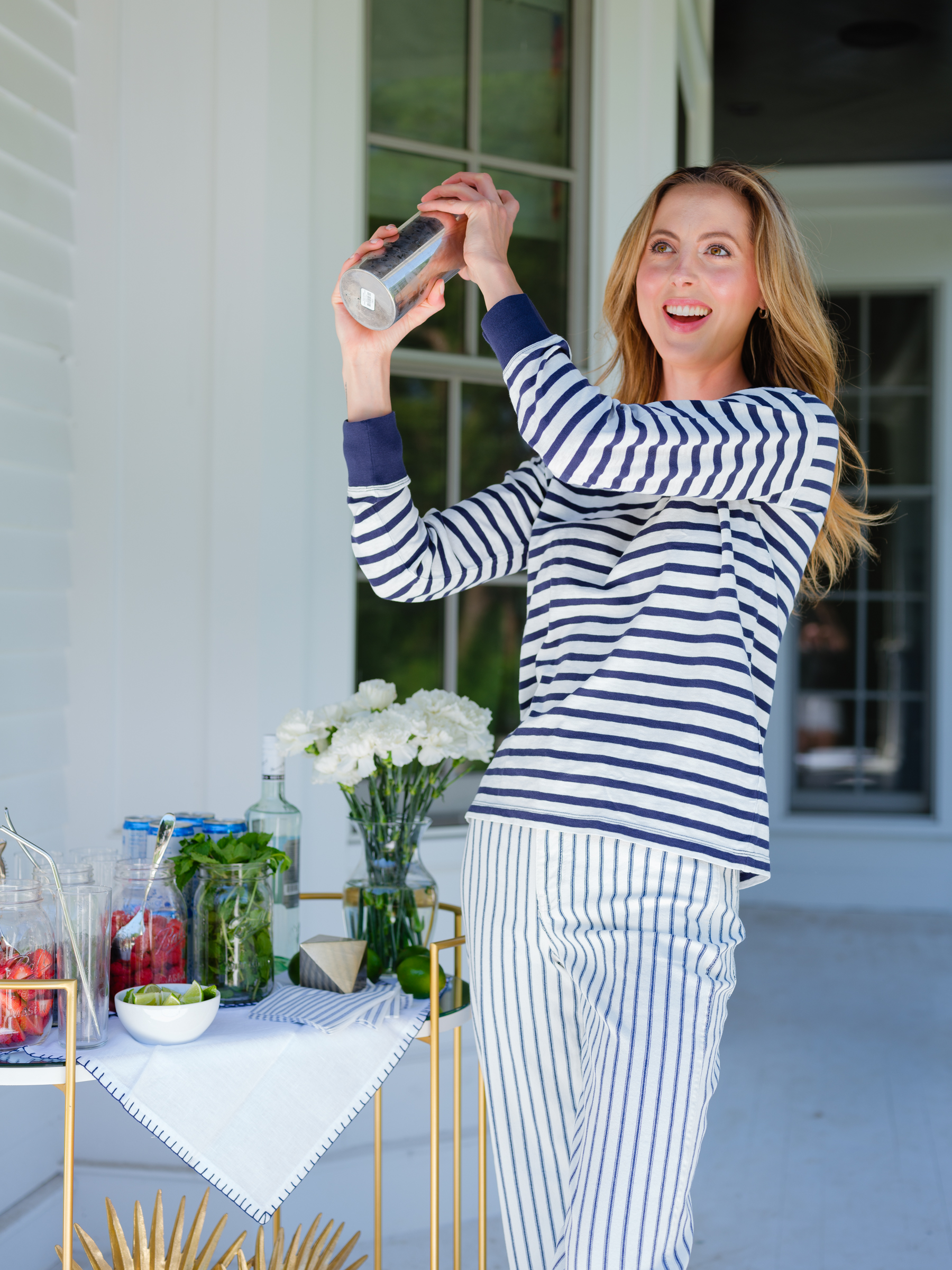 Eva Amurri shares her summer berry mojito bar