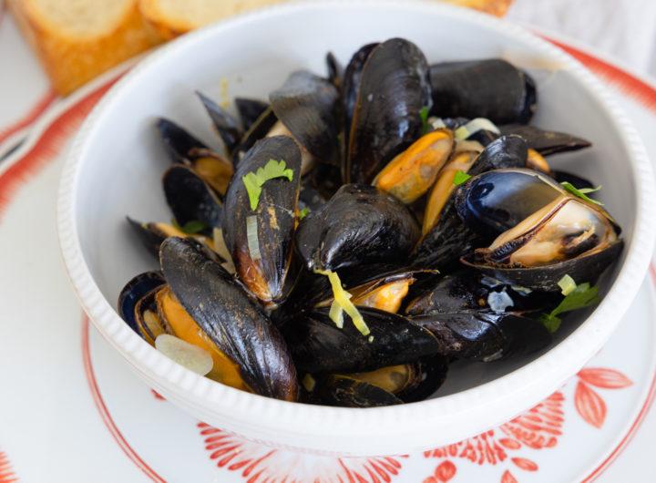 Eva Amurri shares a recipe for Drunken Mussels